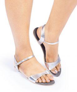 Laydeez Curvy Open Toe Sandals in Silver