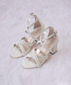 Laydeez Swan Block Heels in White